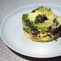 chou vert frisé oignons saucisses lardons