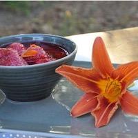 poêlée fraises framboises hémérocalle