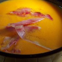 Soupe de potiron au lait d'amande et curcuma